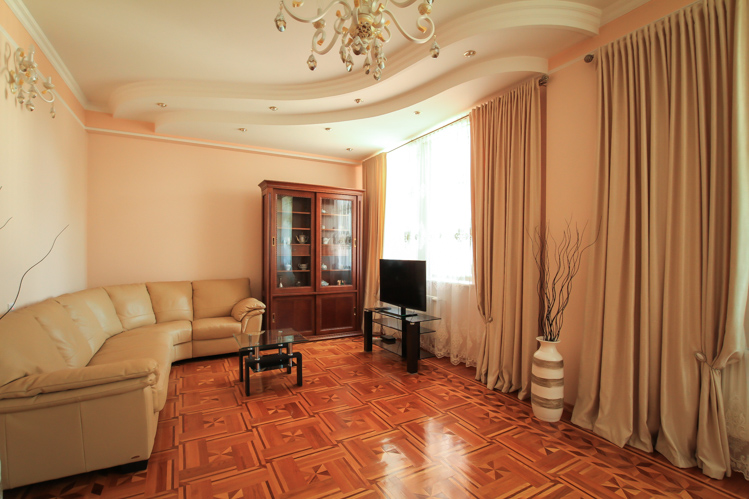 LUXURY RENT IN CHISINAU DOWNTOWN